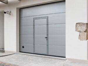PERSUS-Liscio-grigio-9006-porta-pedonale-ribassata-min